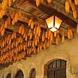 Pérouges : plafond pittoresque